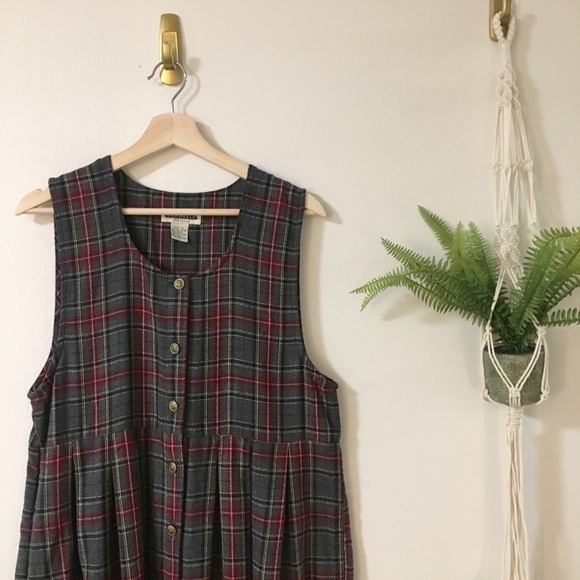 Dresses & Skirts - Adorable Plaid School Girl Dress